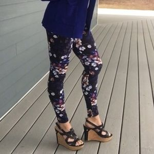 Pants - New floral purple blue high waisted leggings